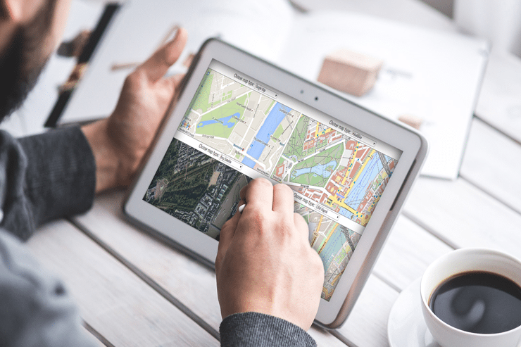 Online Canadian Web Mapping Applications